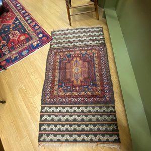Shiraz Persian rug antique